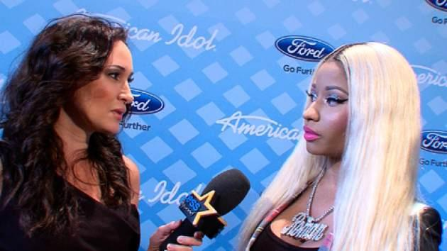 Access' Laura Saltman backstage with Nicki Minaj -- Access Hollywood