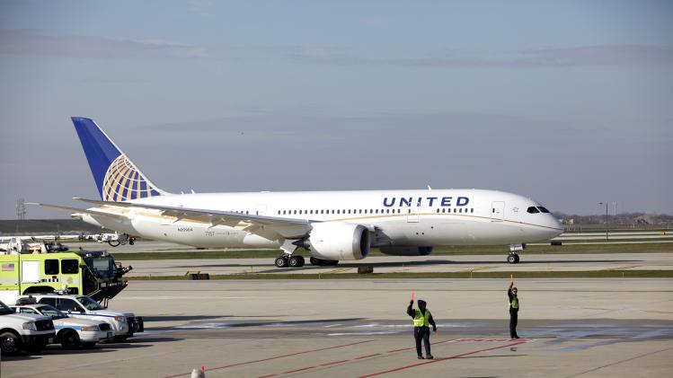 Chicago-area RTA: United running 'sham' business