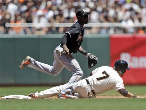 Sanchez's single to left lifts Giants past Marlins