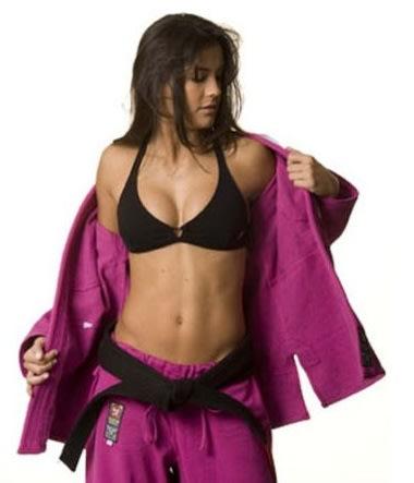 Kyra Gracie é pentacampeã mundial de Jiu-Jitsu (Reprodução/Facebook)