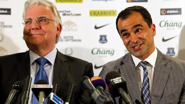 Roberto Martinez is presented as Everton manager by Bill Kenwright (Getty Images)