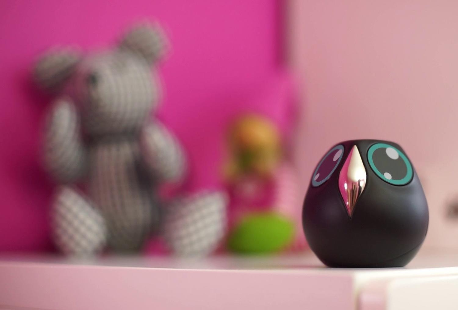Ulo is an adorable owl that monitors your home