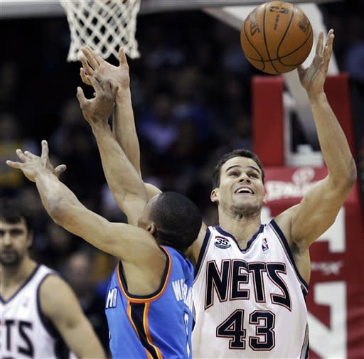 Durant, Westbrook lead Thunder past Nets 84-74