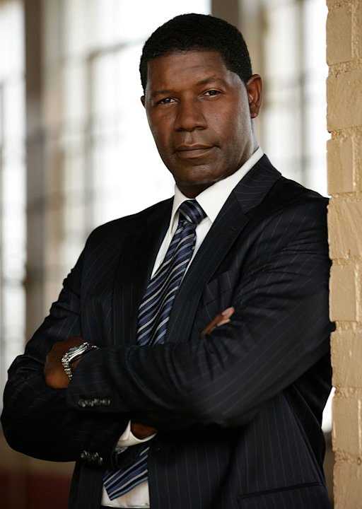 Dennis Haysbert stars in The Unit on CBS.