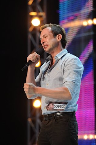 Don Philip performs in front of the judges on part-one of the two night season premiere of &#39;The X Factor,&#39; Sept. 12, 2012 -- FOX