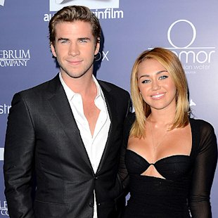 Miley Cyrus Kisses Liam Hemsworth, Engagement Back On