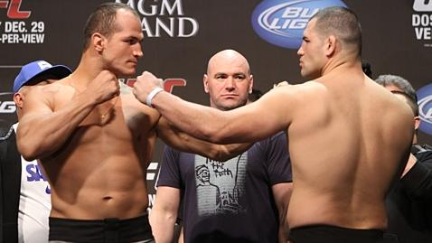 Cain Velasquez vs. Junior dos Santos III Confirmed for Oct. 19 in Houston