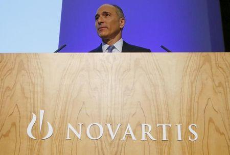 Novartis CEO says diabetics' contact lens tests to start in 2016: paper