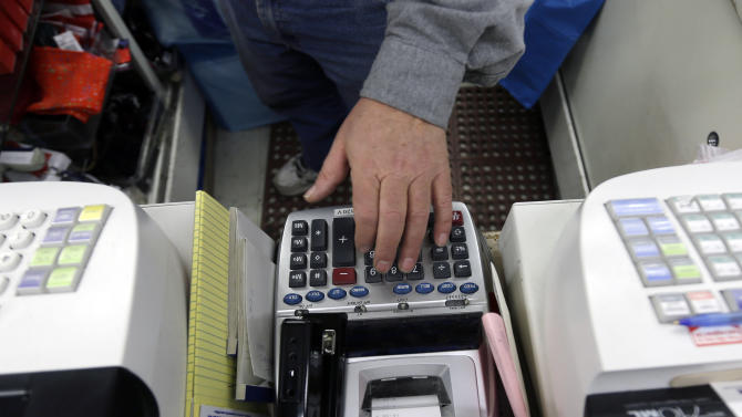 After near-stall in late 2012, US economy picks up