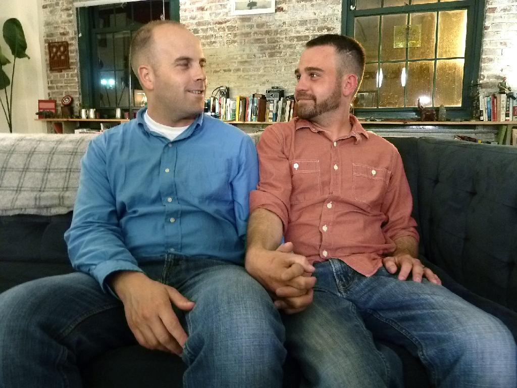 Tennessee gay couple's date with history