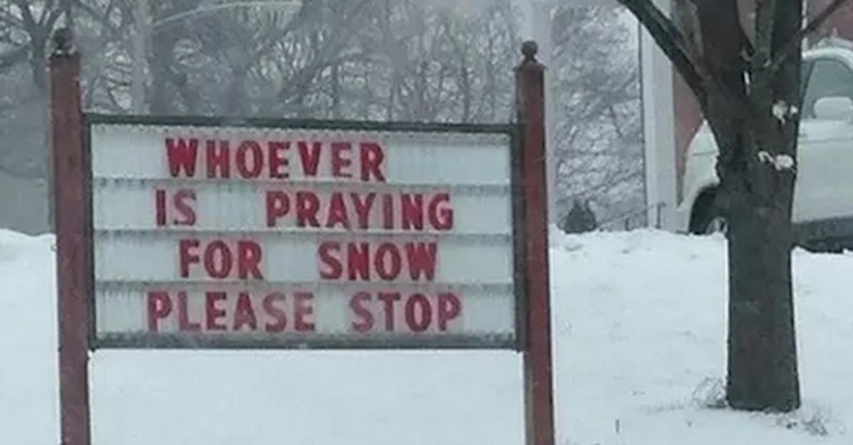 13 Hilarious Pics That Nail Our Feelings On Snow