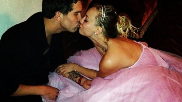 'Big Bang Theory' Star Kaley Cuoco Married Ryan Sweeting (ABC News)