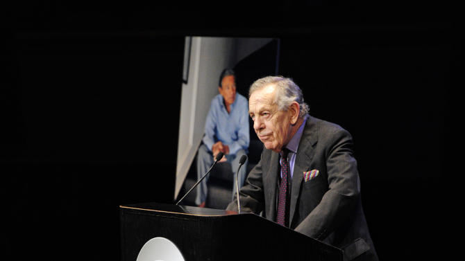 "In this image released by CBS, Morley Safer, Co-Editor, ""60 Minutes"" speaks at the CBS News memorial service for Mike Wallace at Jazz at Lincoln Center in New York on Tuesday, May 1, 2012.   Wallace died at age 93 on April 7. (AP Photo/CBS, John Paul Filo)"