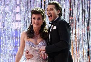 Lisa Vanderpump, Gleb Savchenko | Photo Credits: Adam Taylor/ABC