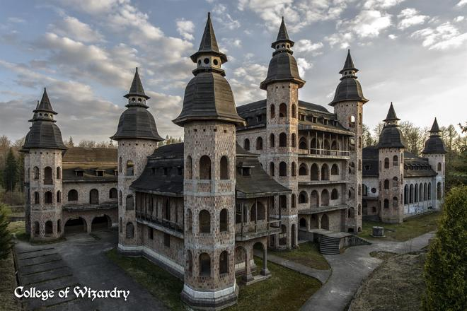 Castle Wire: Harry Potter Fans Want to Purchase This Polish Castle and LARP in it Forever