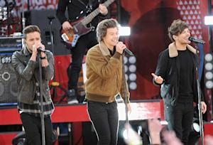 On the Charts: One Direction Making 'Memories' at Number One