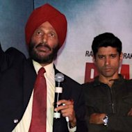 Milkha Singh Breaks Down During 'Bhaag Milkha Bhaag' Screening!