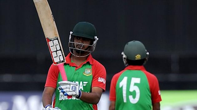 Shamsur Rahman's 96 helped steer Bangladesh to victory.