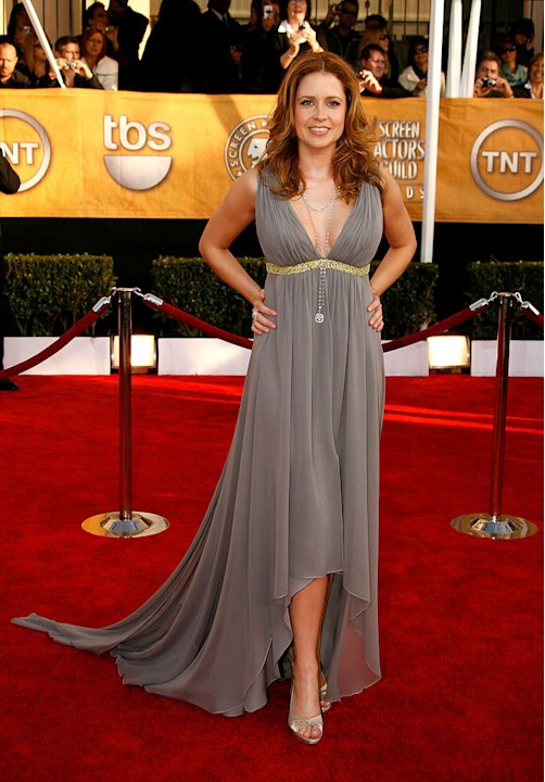 Jenna Fischer arrives at the 15th Annual Screen Actors Guild Awards held at the Shrine Auditorium on January 25, 2009 in Los Angeles, California.