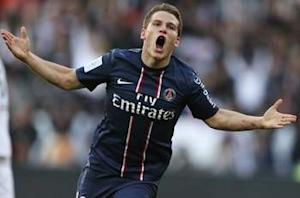 Paris Saint-Germain 1-0 Stade de Reims: Gameiro goal sends hosts top of Ligue 1