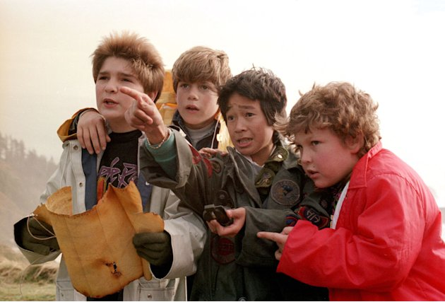 Corey Feldman Sean Astin Ke Huy Quan Jeff Cohen The Goonies Production Stills Warner Bros. 1985
