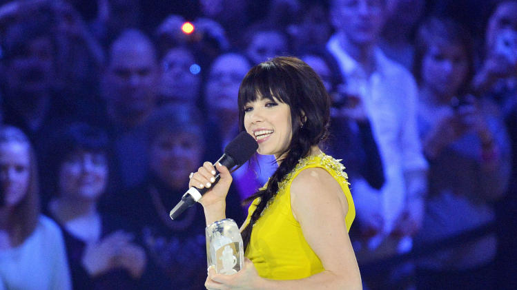 Carly Rae Jepsen big Juno winner