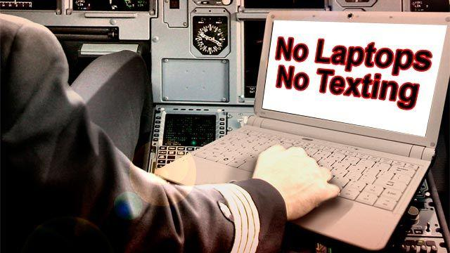Feds target texting while flying