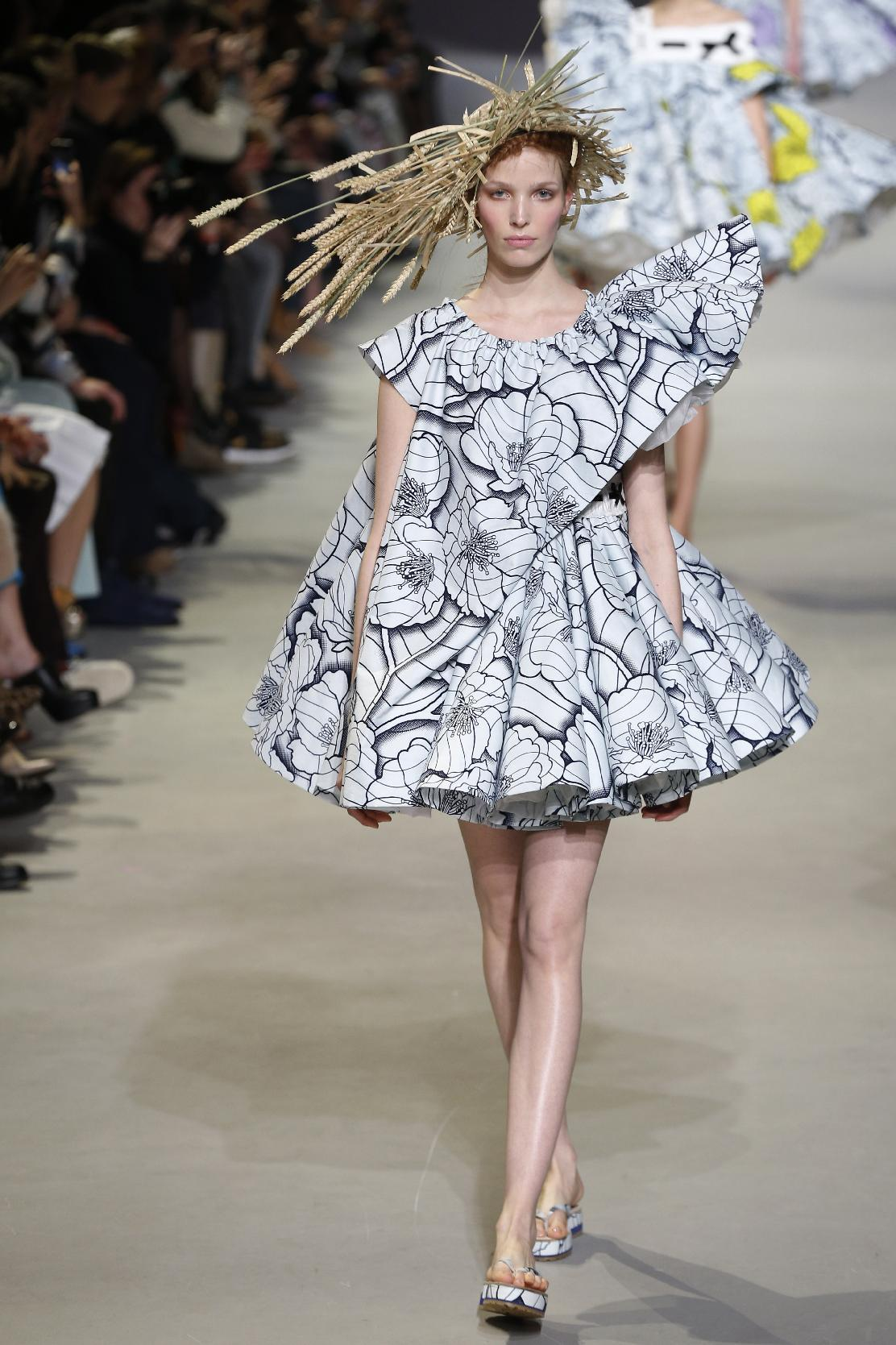 Paris haute couture: Viktor&Rolf's van Gogh girls