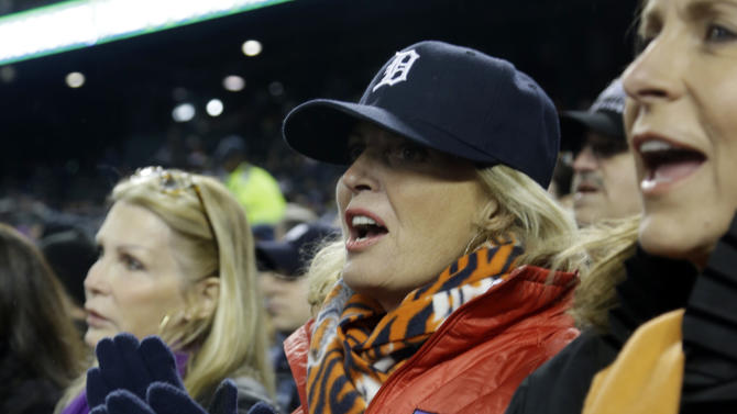 Ann Romney, wife of Republican presidential candidate Mitt Romney watches Game 4 of baseball's World Series between the San Francisco Giants and the Detroit Tigers Sunday, Oct. 28, 2012, in Detroit. (AP Photo/Darron Cummings)