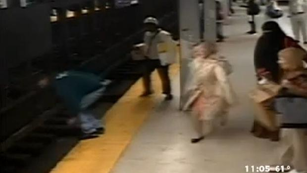 Caught on tape: Man makes daring rescue on Philly subway tracks