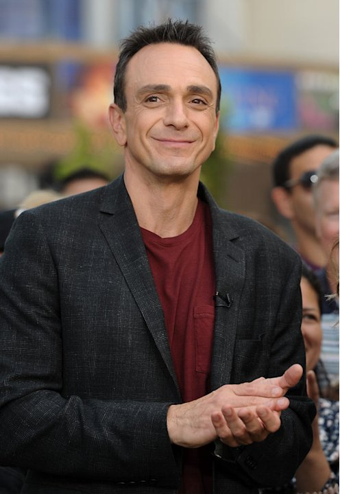 Hank Azaria visits Extra at The Grove on September 21, 2011 in Los Angeles, California. 
