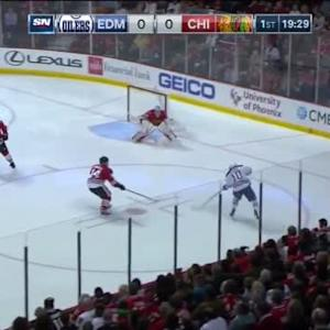 Corey Crawford Save on Nail Yakupov (00:33/1st)