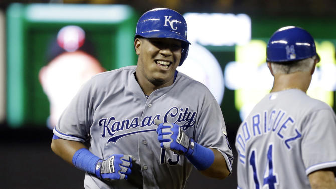 Perez homers twice, leads Duffy, Royals past Twins
