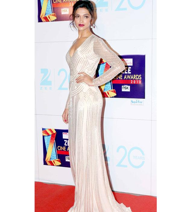 Who wore what to Zee Cine Awards 2013?