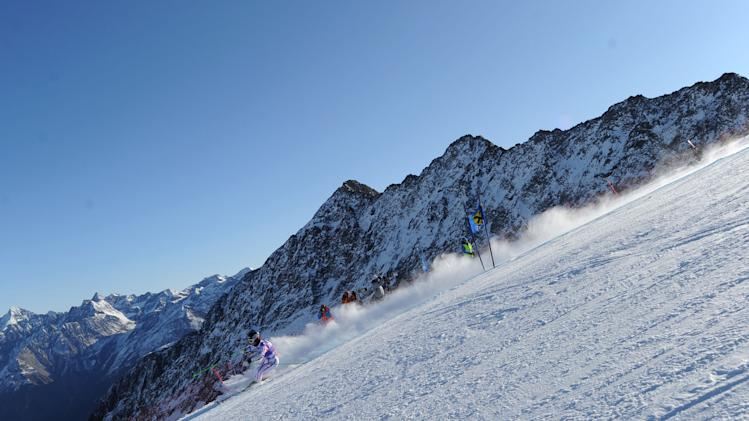 Austria's Elisabeth Goergl speeds down the course during an alpine ski, women's giant slalom in Soelden, Austria, Saturday, Oct. 22, 2011. (AP Photo/Alessandro Trovati)