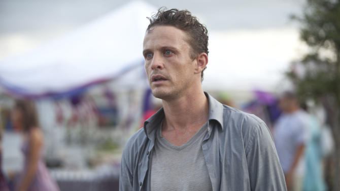 """This film image released by Relativity Media shows David Lyons in a scene from """"Safe Haven."""" (AP Photo/Relativity Media, James Bridges)"""