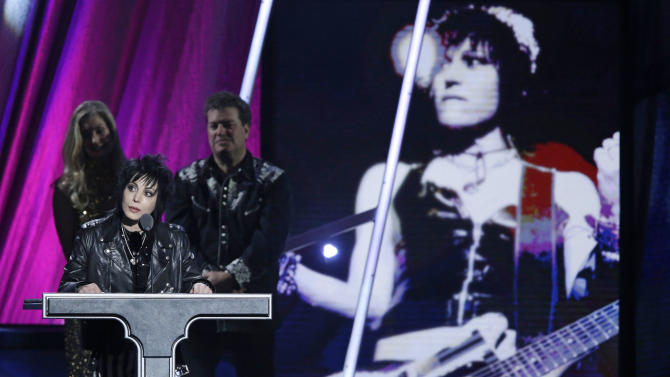 Joan Jett speaks at the Rock and Roll Hall of Fame Induction Ceremony Saturday, April 18, 2015, in Cleveland. (AP Photo/Mark Duncan)