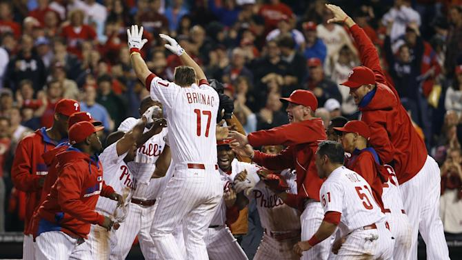 Brignac's HR in 9th lifts Phils over Padres