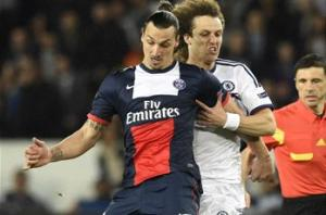 Ibrahimovic 'out for a few weeks' injured