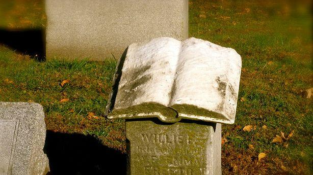 'How Dead Is the Book Business?'; Bring Out Your Best Books Lists