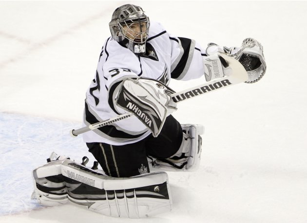 Los Angeles Kings' Quick makes a save against San Jose Sharks during Game 4 of their NHL Western Conference semi-final playoff hockey game in San Jose