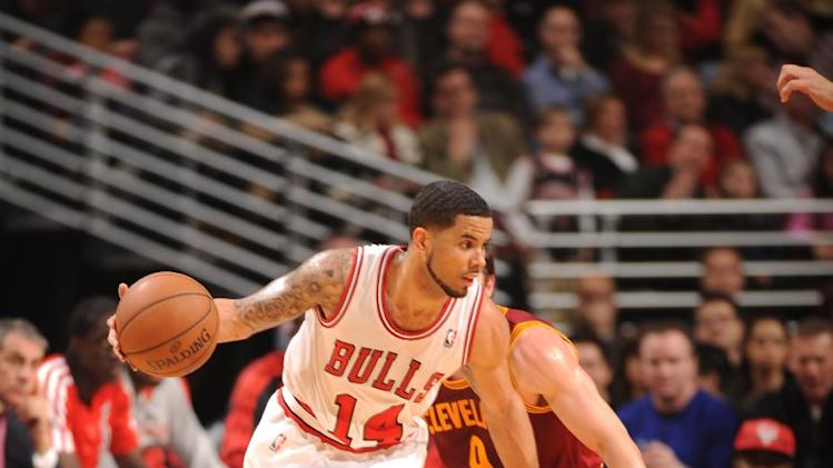 Boozer leads Bulls over Cavaliers 100-84