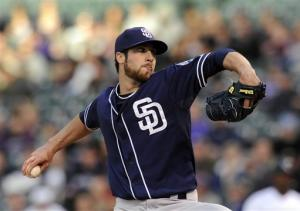 Moyer becomes oldest pitcher to win game in majors