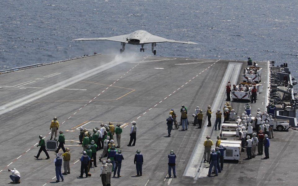 50873691122b3417370f6a70670067b4 US completes first unmanned carrier landing