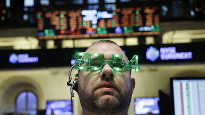 US stocks fall on first day of 2014