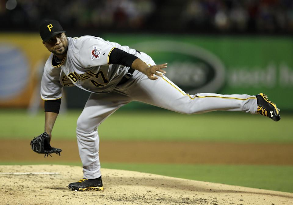 Liriano wins 16th as Pirates beat Rangers 5-4