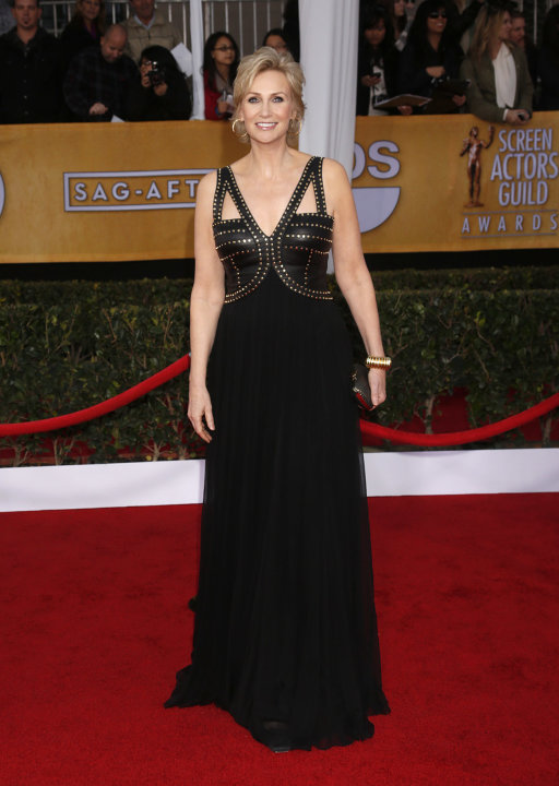 Jane Lynch arrives at the 19th Annual Screen Actors Guild Awards at the Shrine Auditorium in Los Angeles on Sunday Jan. 27, 2013. (Photo by Todd Williamson/Invision for The Hollywood Reporter/AP Image