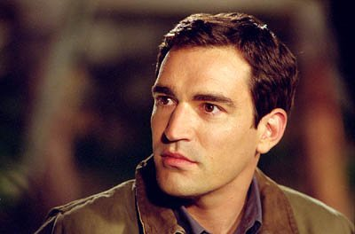 Ben Chaplin as Detective Sam Kennedy in Warner Brothers' Murder By Numbers