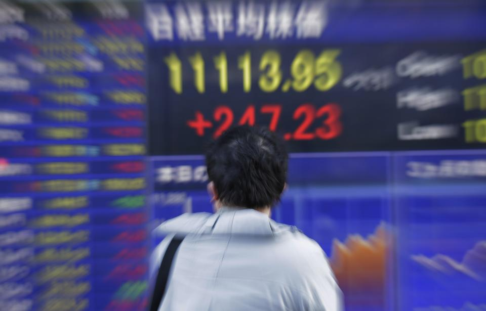 Markets brush off US economic contraction