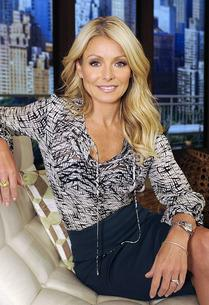 Kelly Ripa | Photo Credits: Ida Mae Astute/ABC/Getty Images